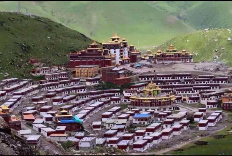 Dzogchen: Mutiara dari Tibet untukDunia