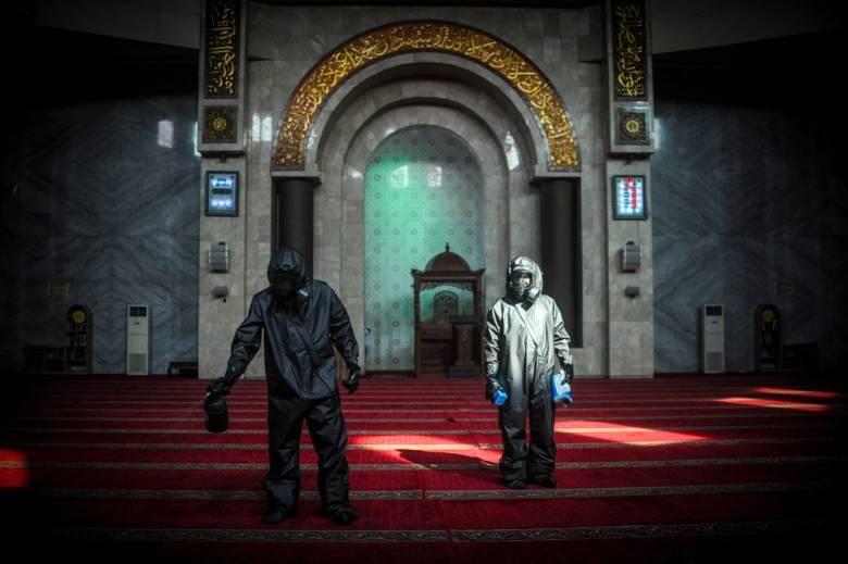 Wabah dan Agama, Perspektif Ulama dan Umaro dalam Masyarakat Muslim