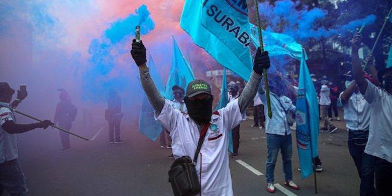 Tolak Aksi Demo Buruh di Masa Pandemi Covid-19