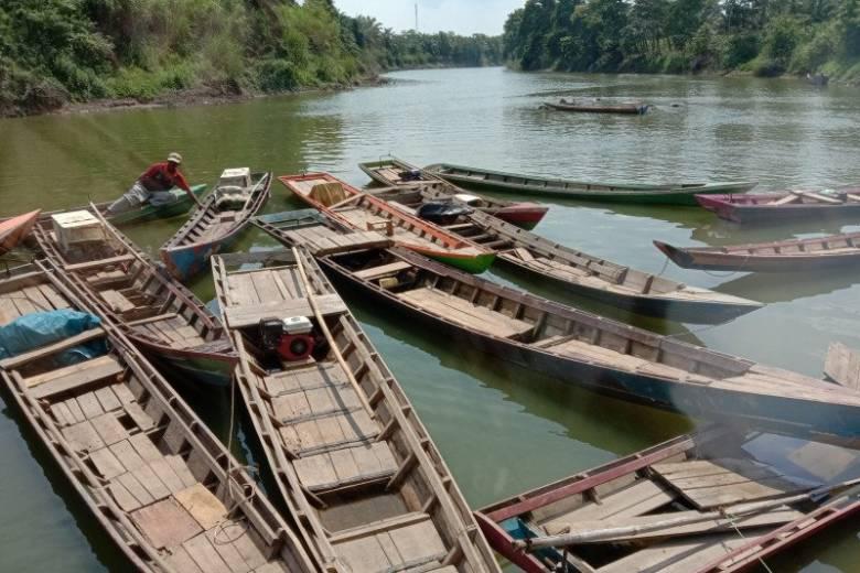 Kecerdasan Politik Zaiful Bokhari Menangkap Keresahan Nelayan Sungai Sekampung