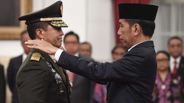 Manuver Pergantian Panglima TNI dan Bahaya Timor Timur Kedua bagi Jokowi