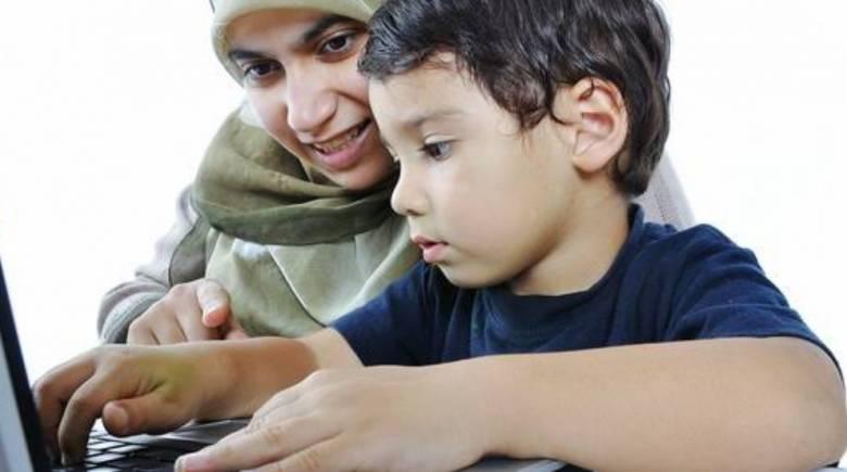 14 Kiat Orangtua Sukses Mendidik Anak Sejak Dini