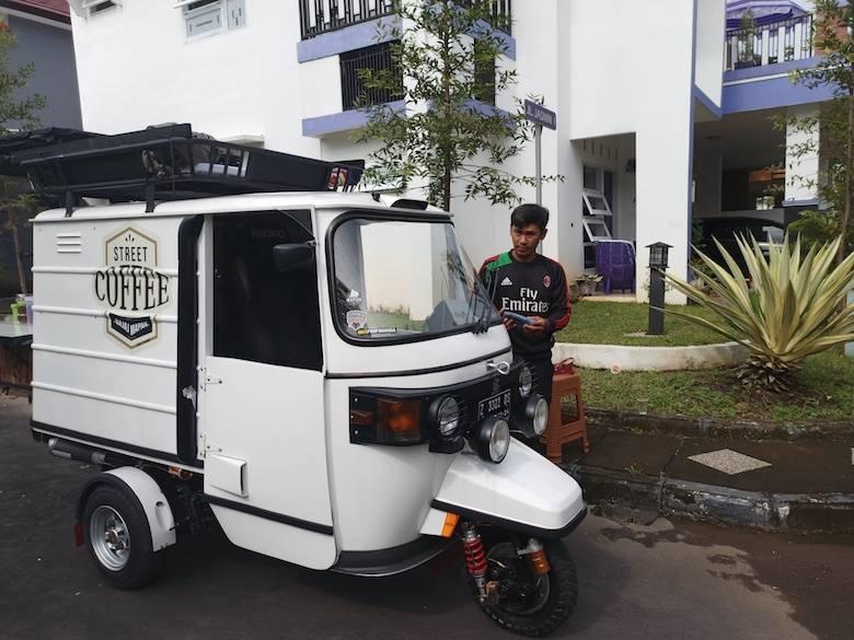"Bajaj Coffee Story [3] ""Modification Made Perfect"""
