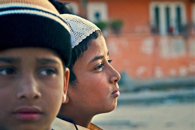 Ajarkan Anak tentang Toleransi