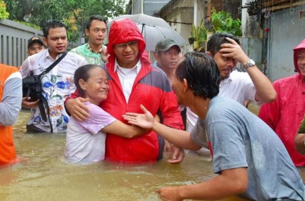 Banjir dan Kritik Konstruktif